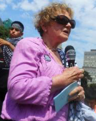 Suzanne Weiss at a Toronto rally of 25,000, July 26, 2014