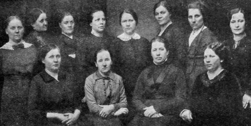 A group of working women, 1914